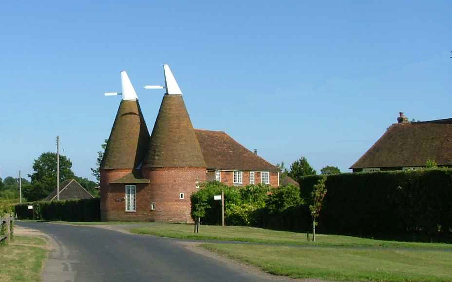 Summerhill Oast as it was in July 2009